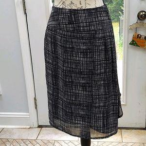 Women's skirt, size 12, lined, zipper on side